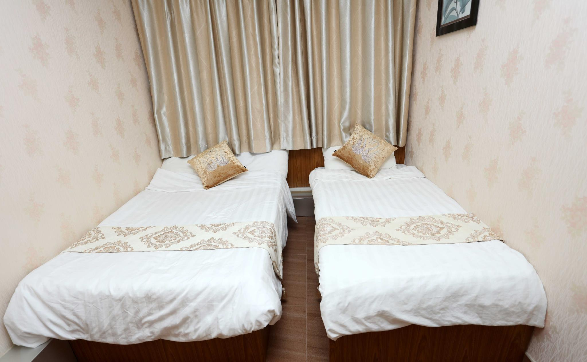Double Double Room (2 Adults & 2 Children)