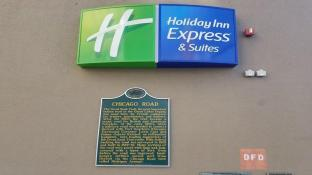 Holiday Inn Express and Suites Detroit Downtown