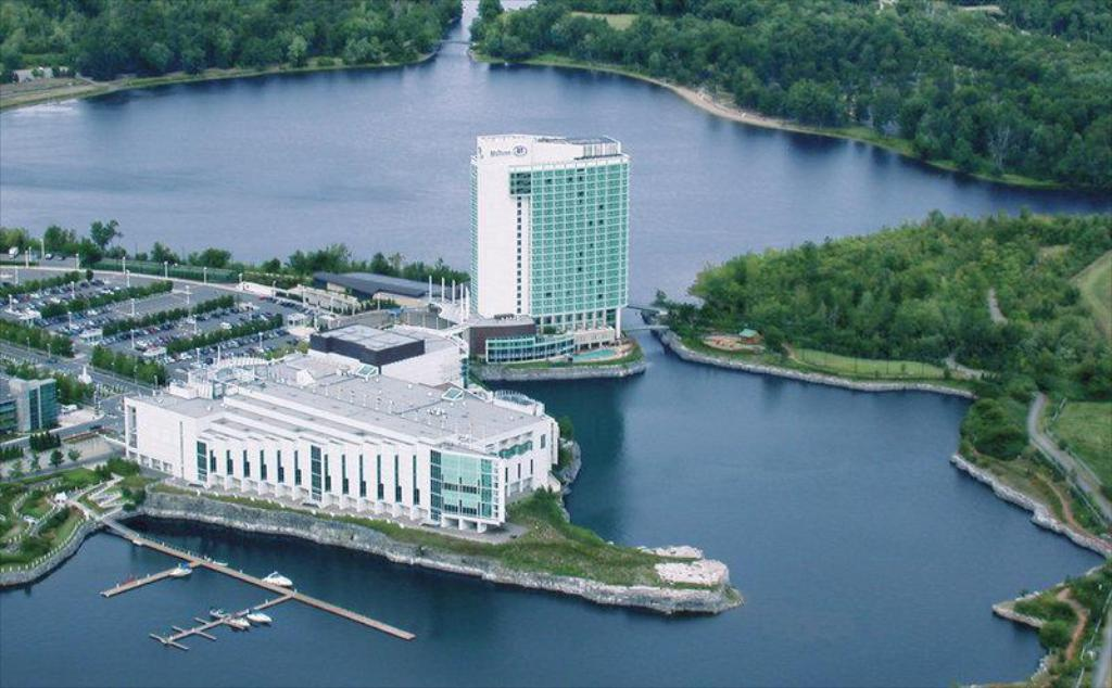 Casino De Lac Leamy
