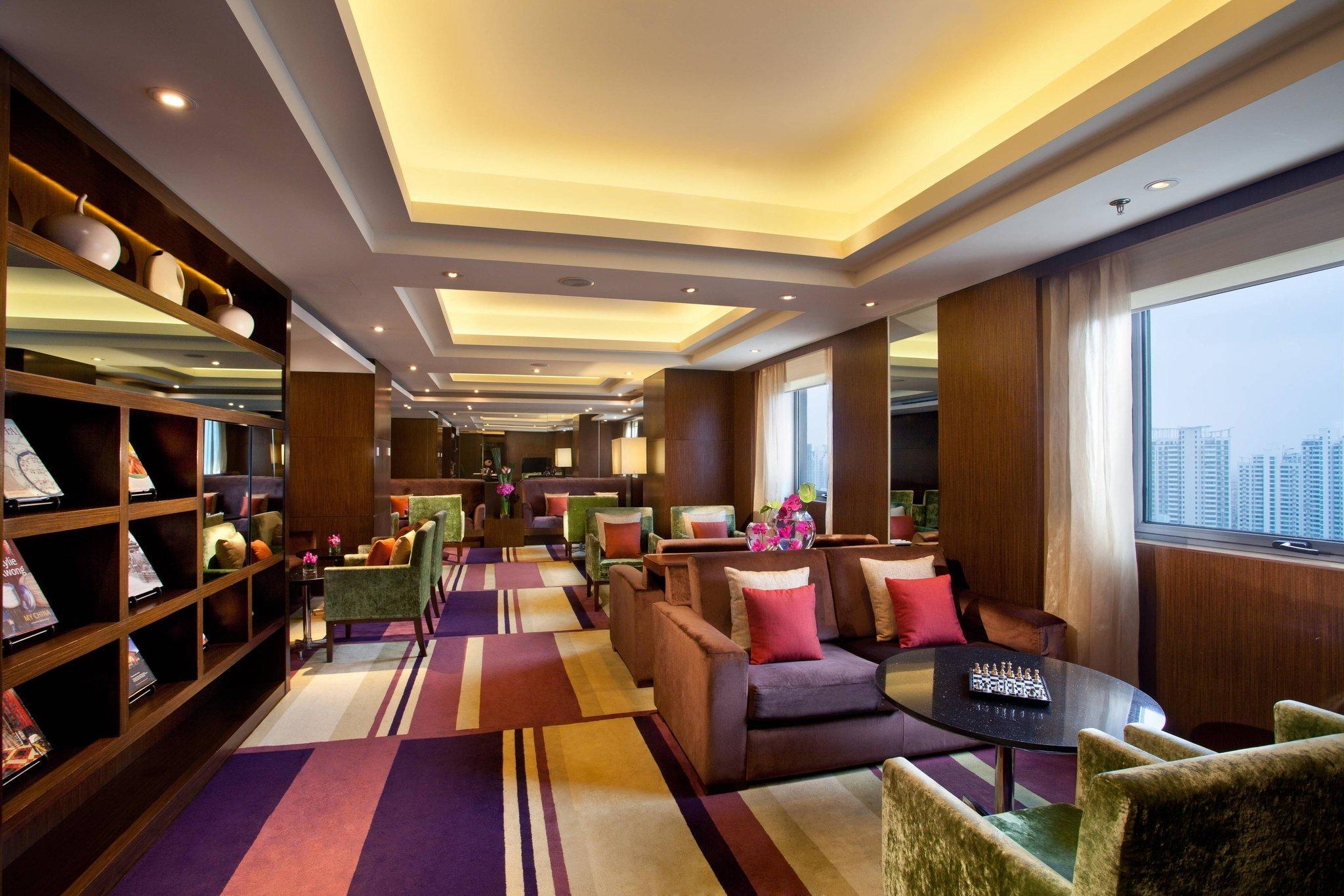 市景主席套房(特大床) - 可使用行政Lounge (Chairman Suite, Executive lounge access, 1 King, City view)