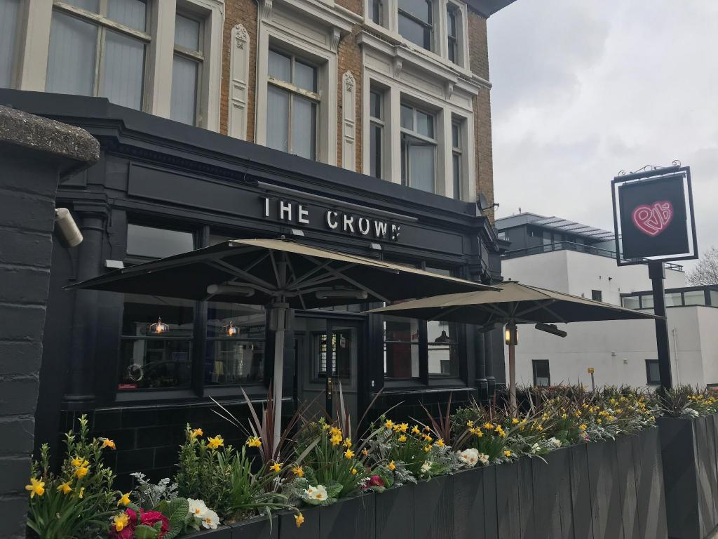 More about PubLove @ The Crown Battersea