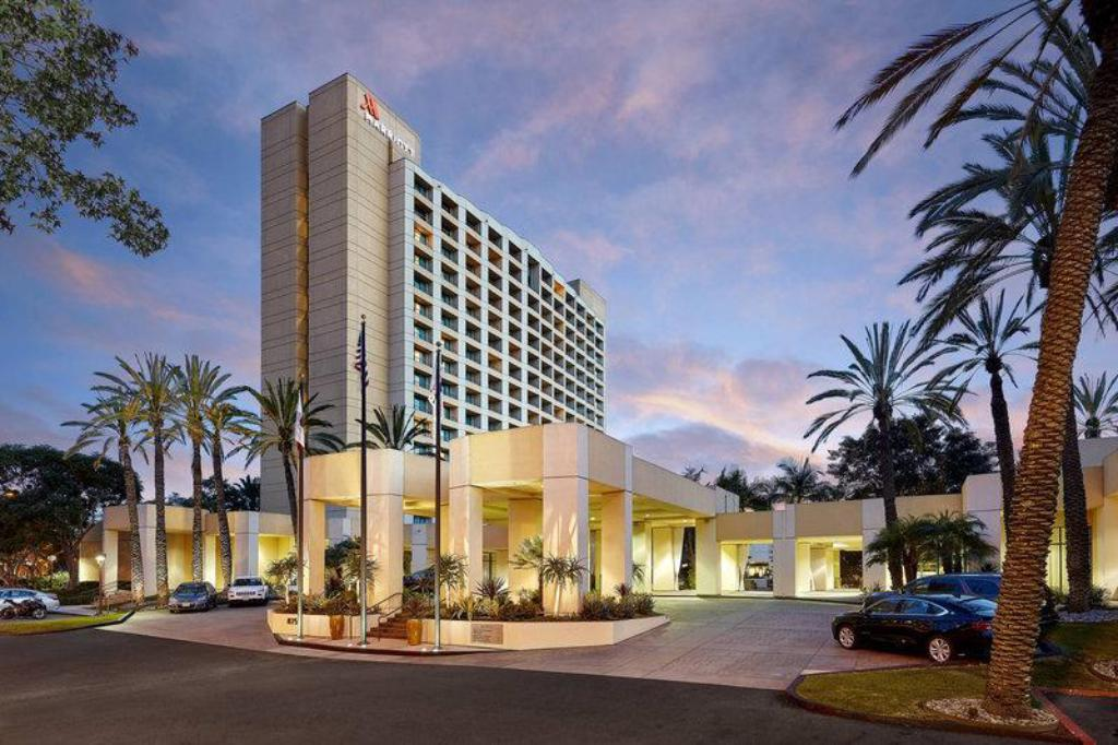 More about San Diego Marriott Mission Valley