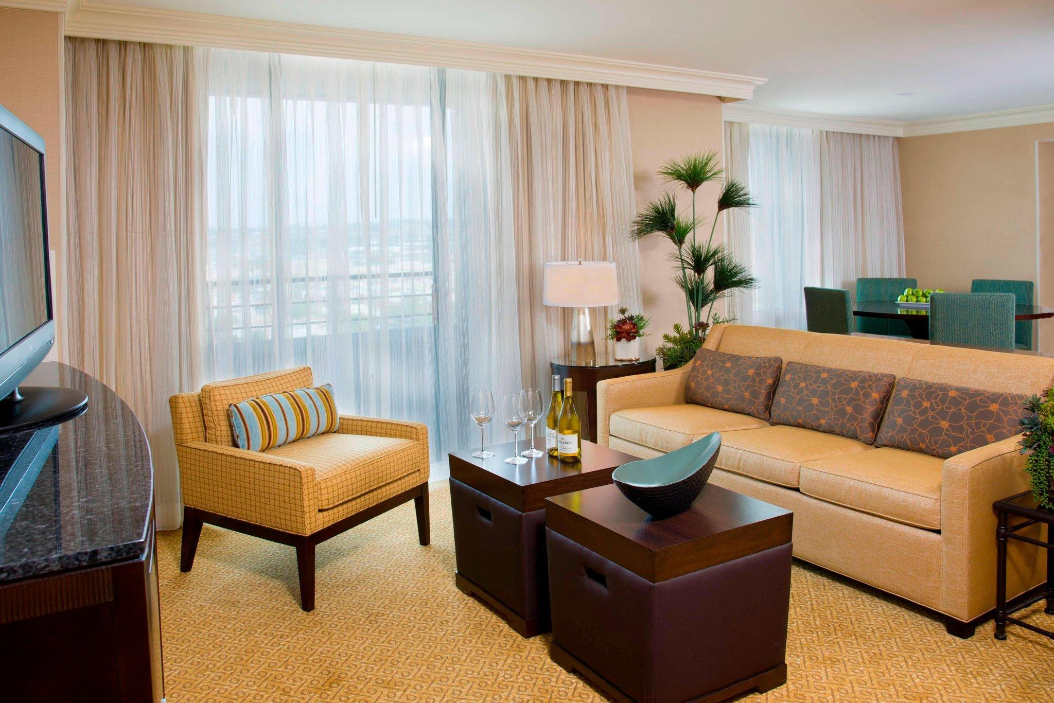 Presidential Suite, Concierge lounge access, Balcony