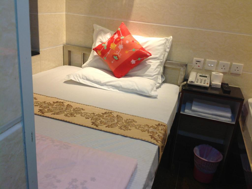 Single Room Only - Bed Friends Guesthouse