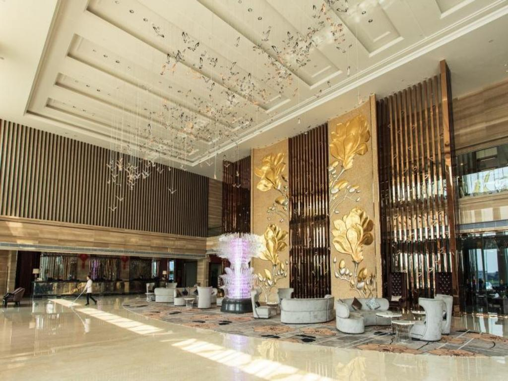 Entrance Dongguan South Grand China Hotel