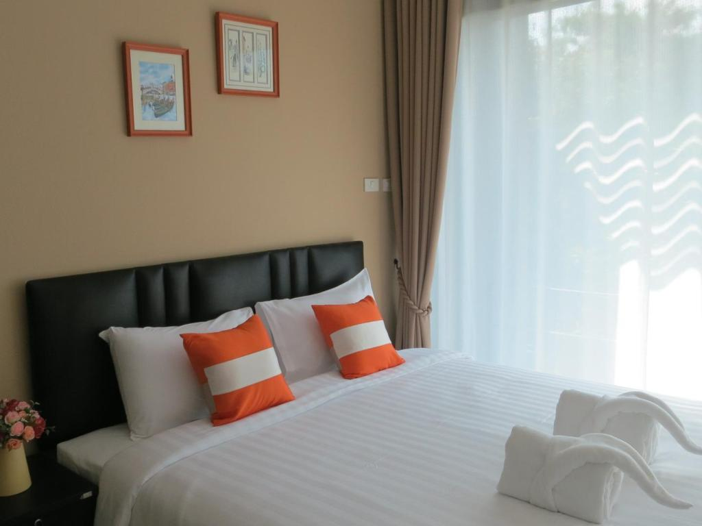 Deluxe Room - Bed Haak Boutique Hotel