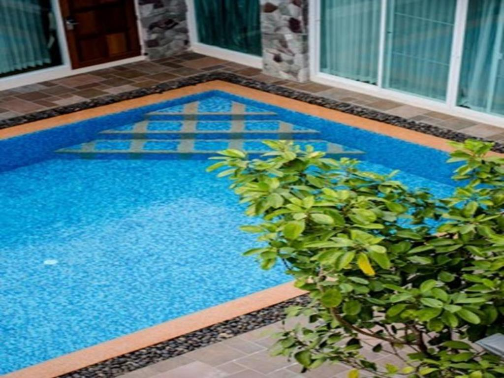 Swimming pool Phu Places