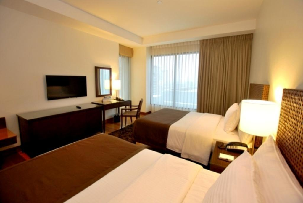 Superior 2 Double Beds - Guestroom City Garden Grand Hotel