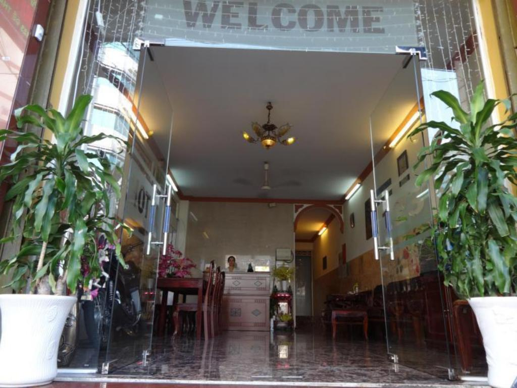 More about Son Tung Hotel - De Tham Street