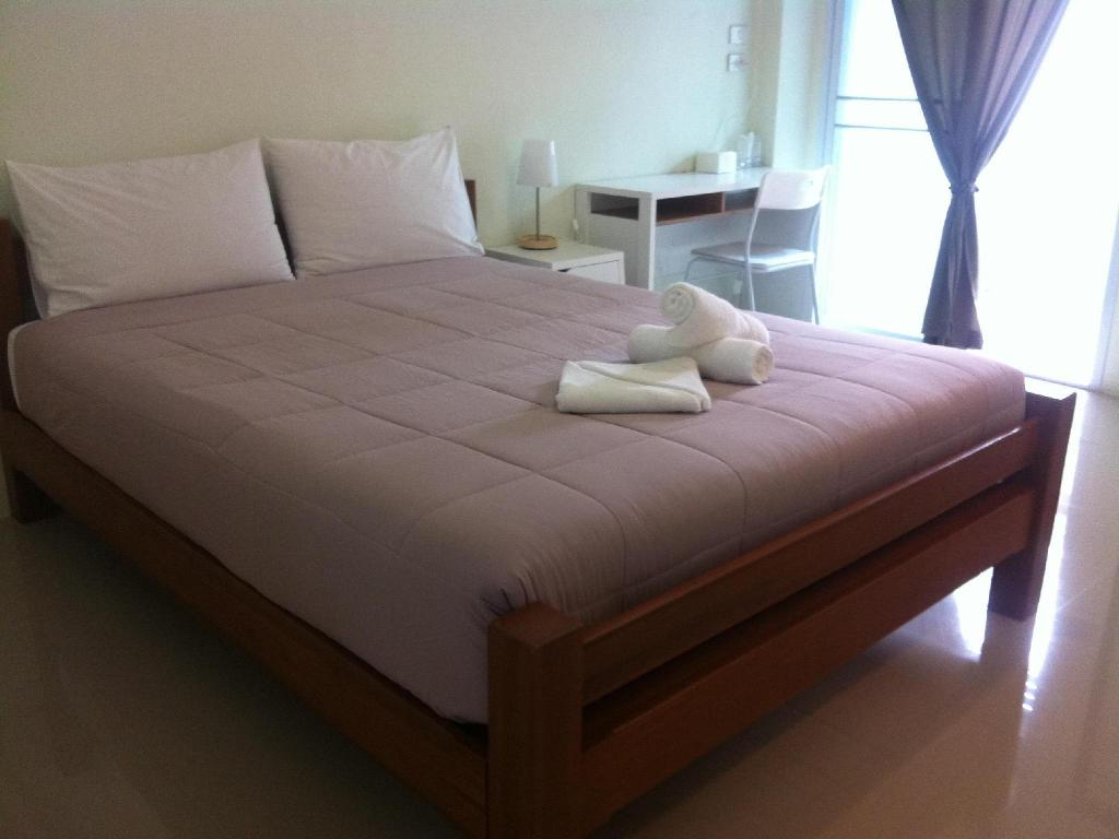Standard - Bed Papangkorn House