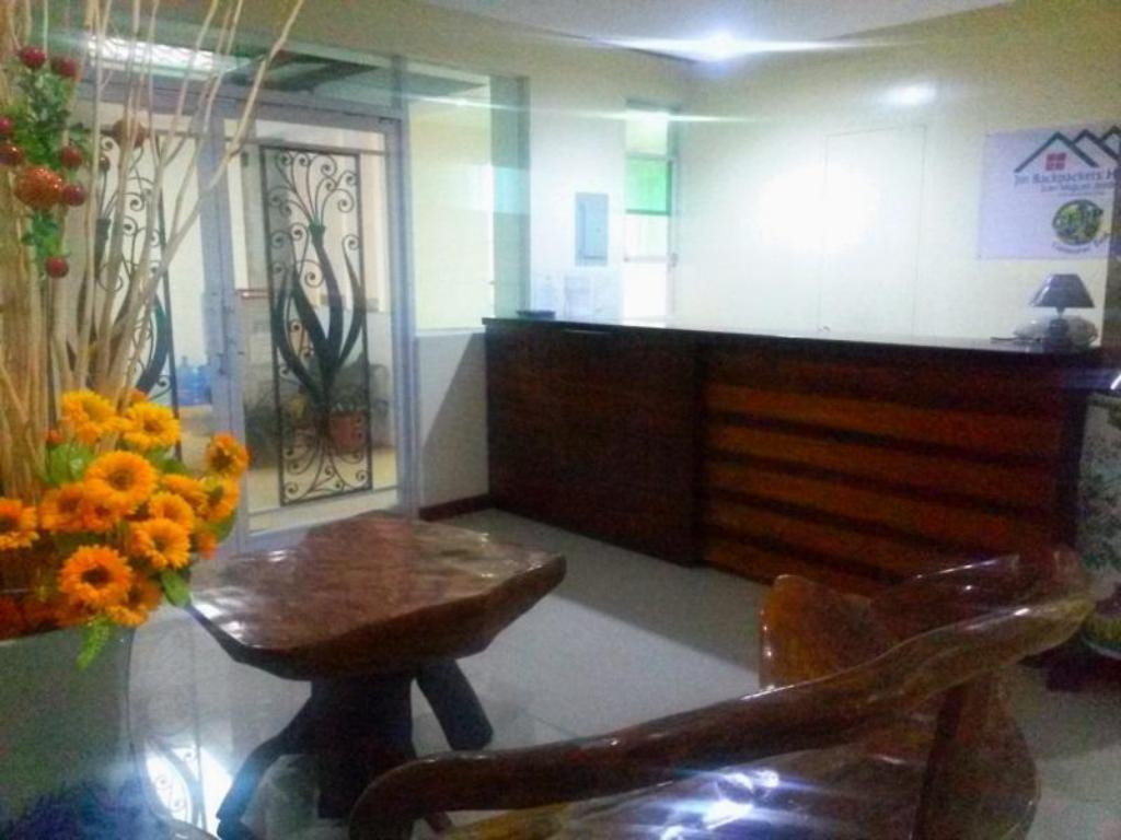 Lobby JM Backpackers Hometel