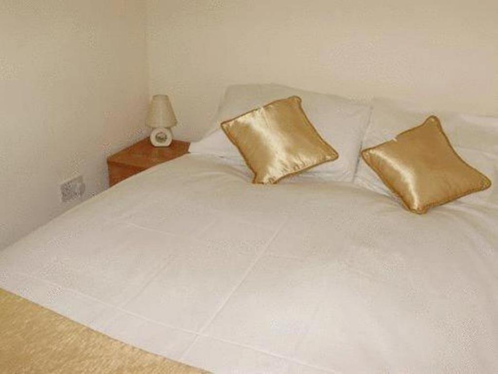 Club Single Room - Bed The Adamton Country House Hotel
