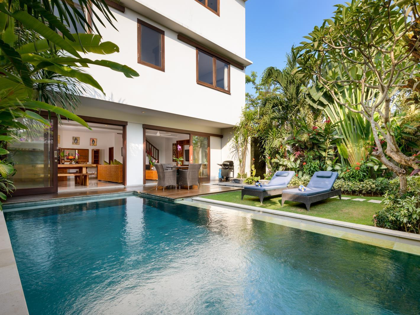 Villa Cendana 3 bed townhouse with private pool