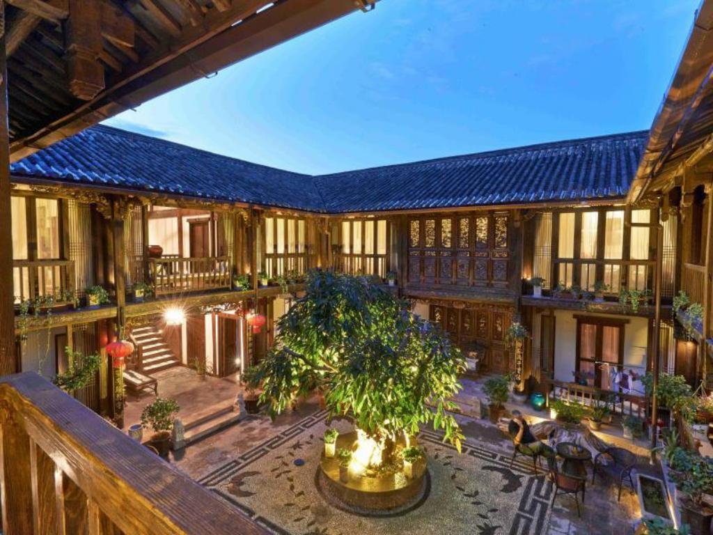 Interior view Lijiang Wutong Boutique Hotel