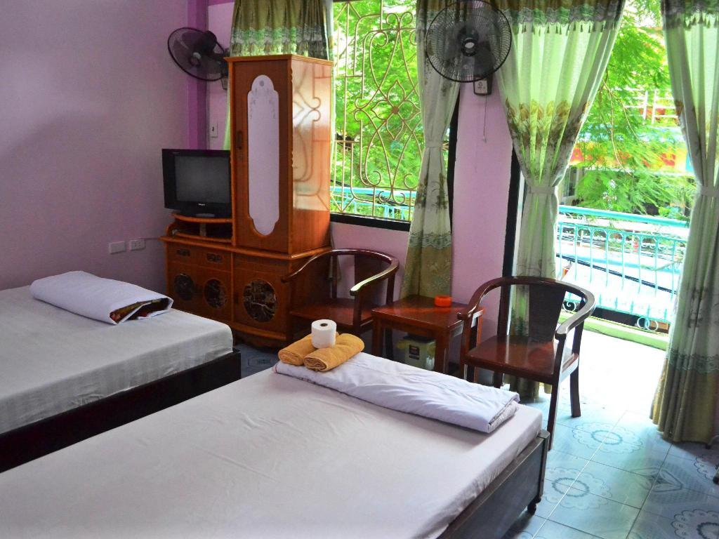 Standard Double or Twin with Fan - Bed Mr. Zoom Backparker Hostel