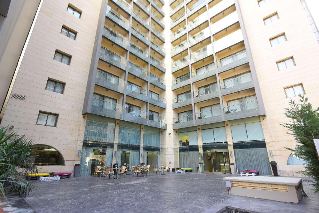 Ramada Downtown Beirut