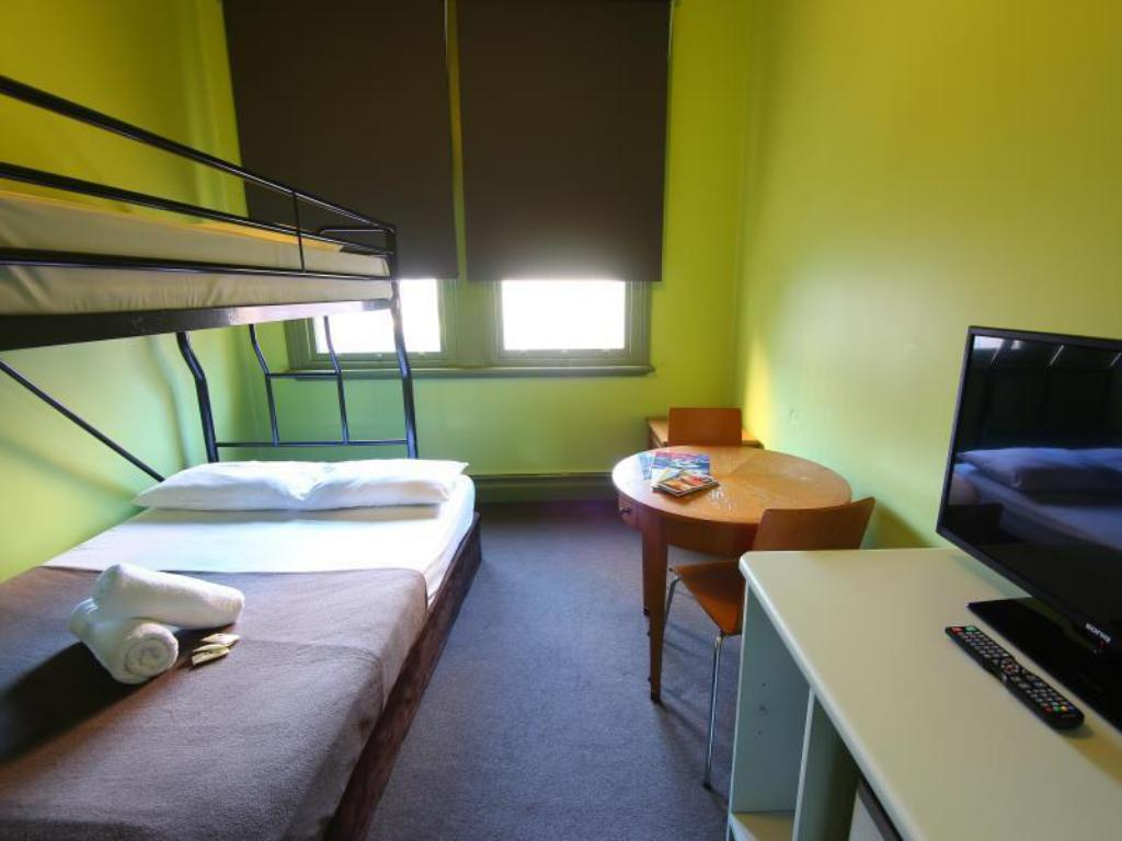 Double or Twin Room - Bedroom Sydney Central Inn