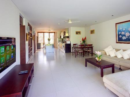 Two-Bedroom Apartment with Terrace Casuarina Shores Apartment