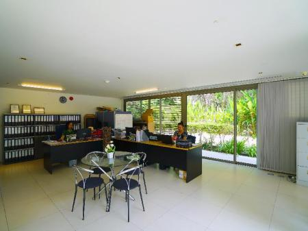 Lobby Casuarina Shores Apartment