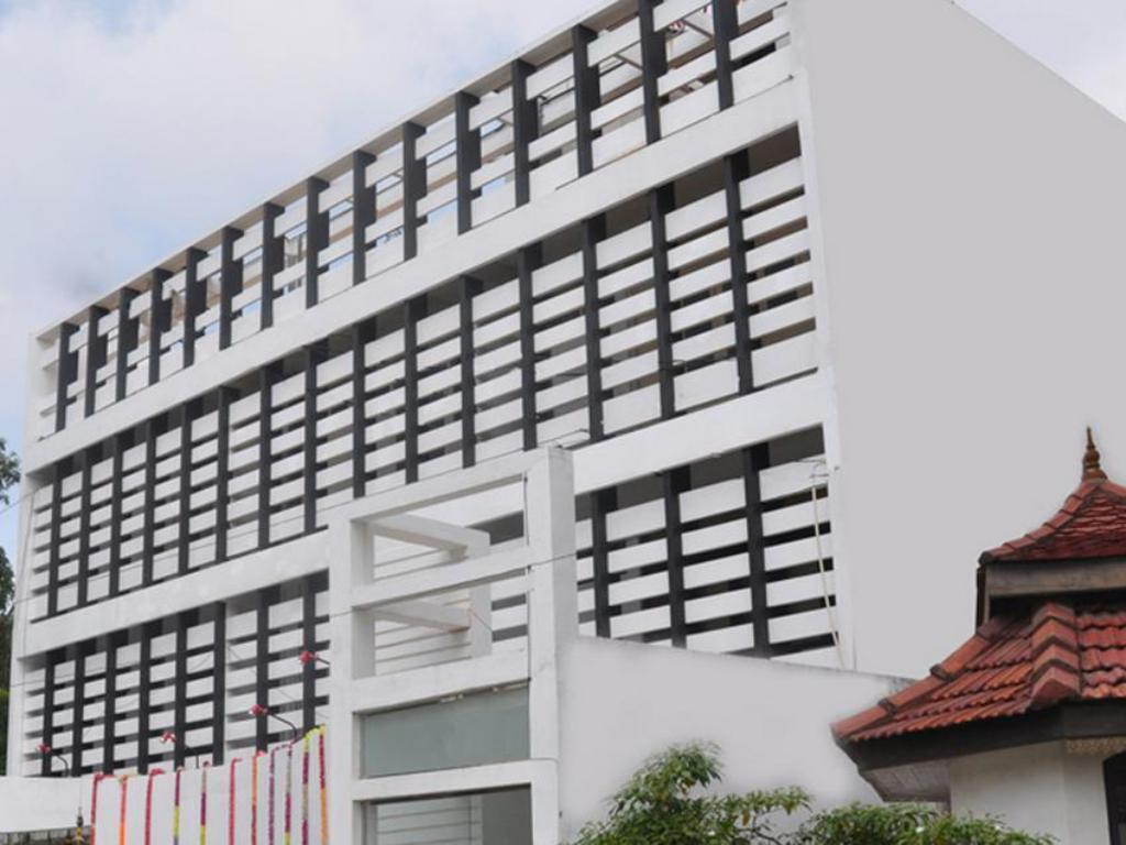 More about Subhas Tourist Hotel