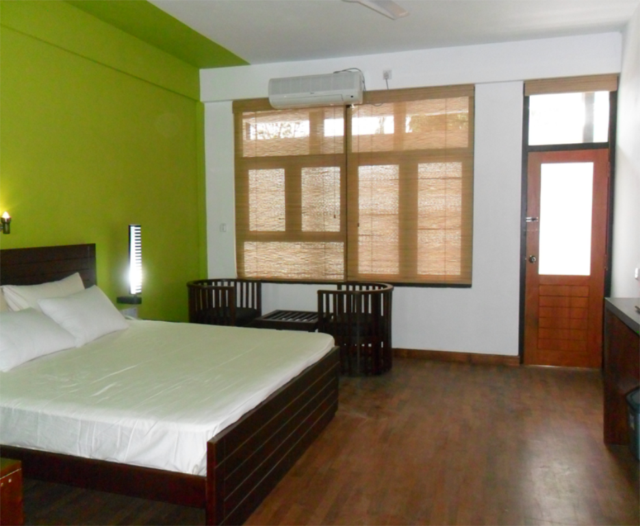 Luxury Double Room - Guestroom Subhas Tourist Hotel