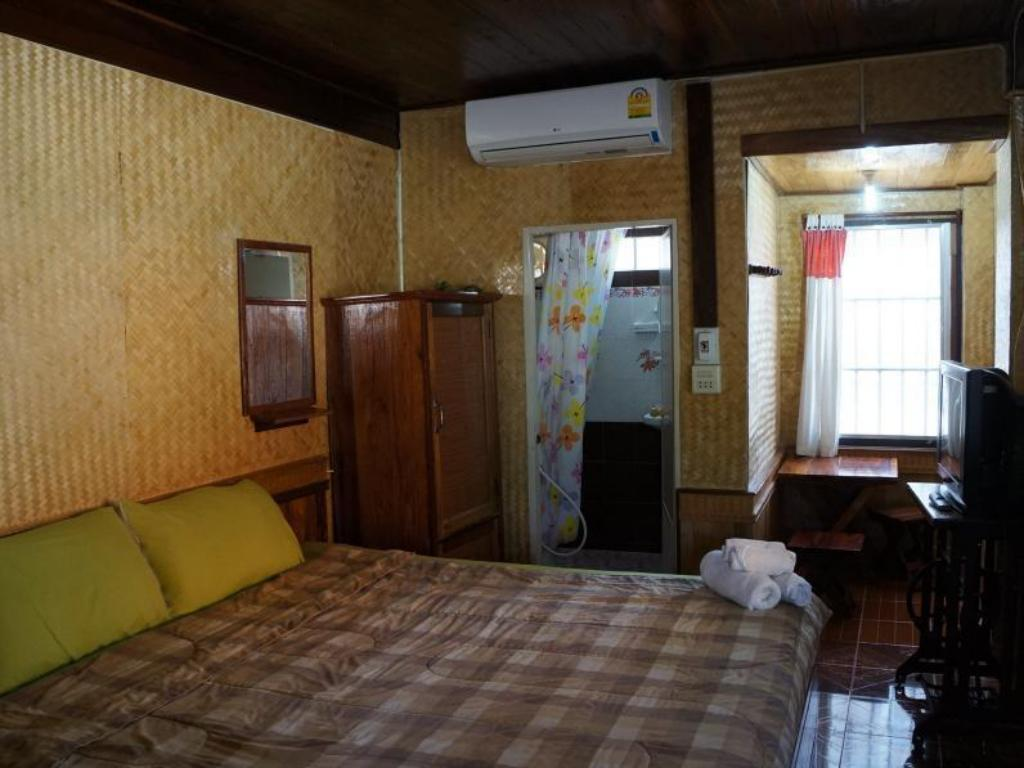 Standard Room - Guestroom Huan Non Chotika Guest House
