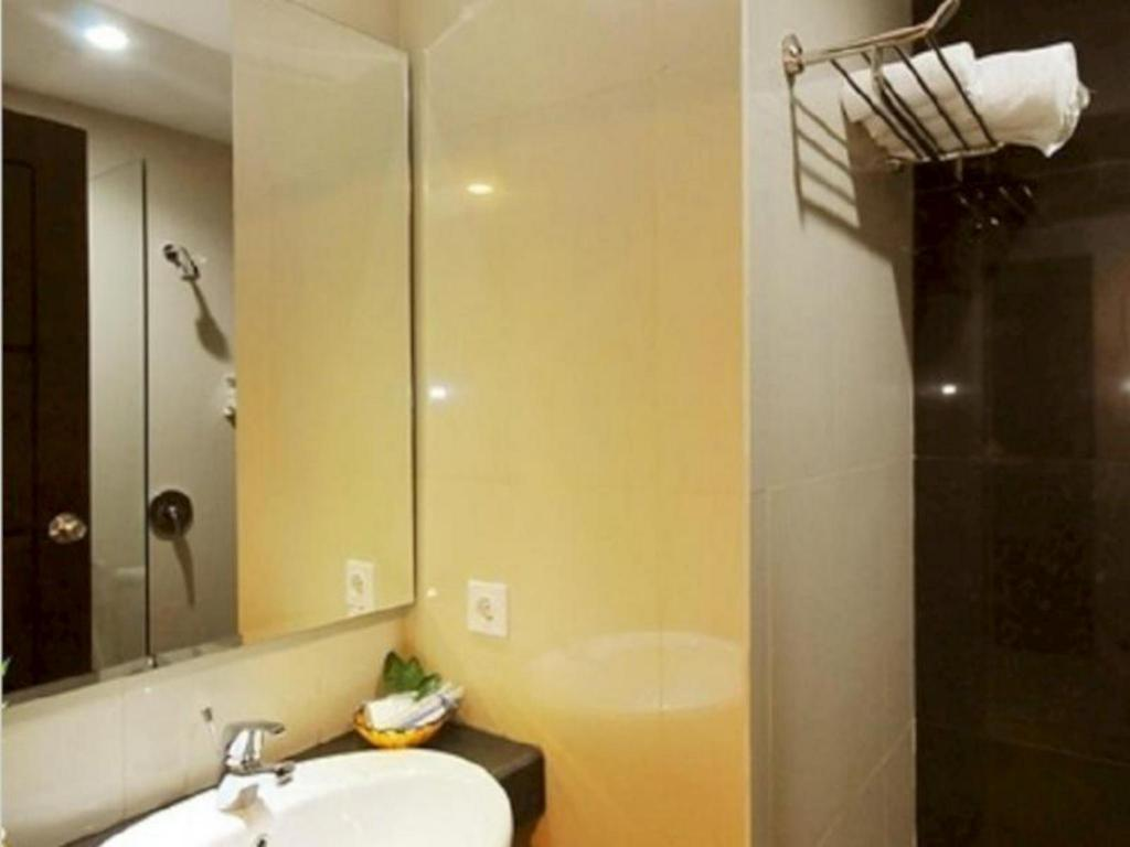 Pratama Hotel And Convention In Lombok Room Deals Photos Reviews