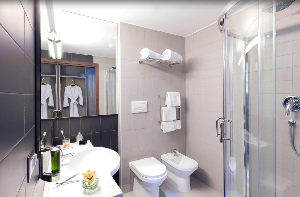 Bany Ibis Styles Roma EUR Hotel