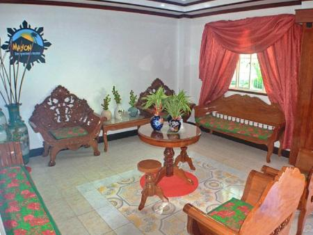 Lobby Mayon Backpackers Hostel