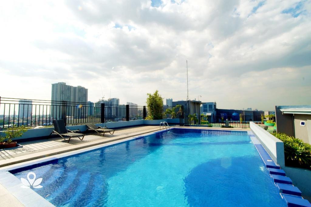 ZEN Rooms Melbourne Makati in Manila - Room Deals, Photos & Reviews