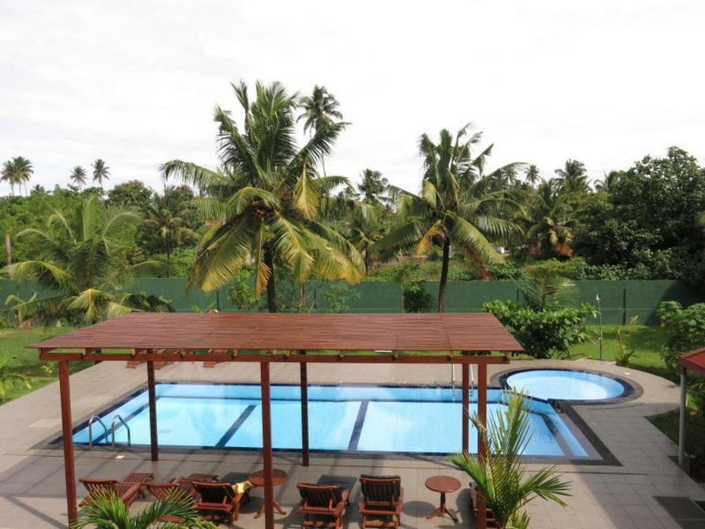 Weligama Ocean Breeze Hotel