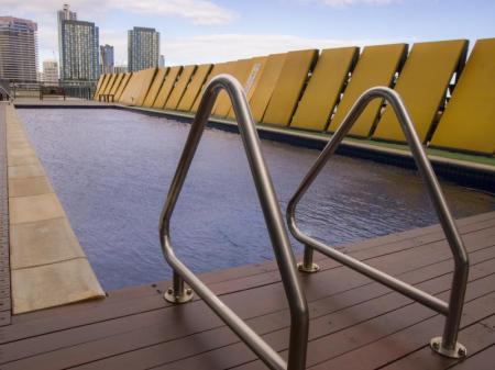 Swimming pool Accent Accommodation @ Docklands
