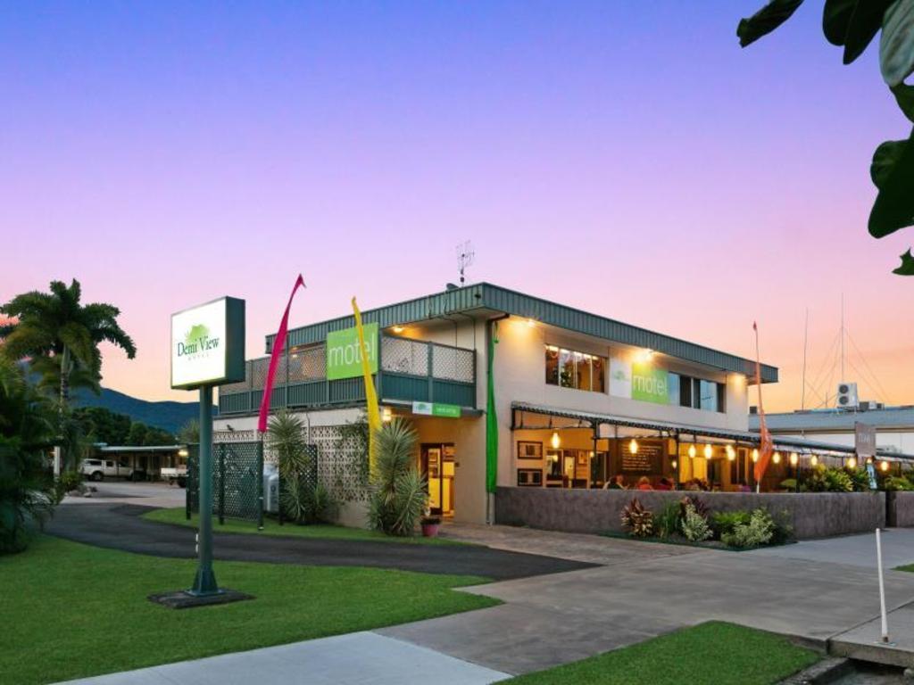 best price on demi view motel in port douglas reviews. Black Bedroom Furniture Sets. Home Design Ideas