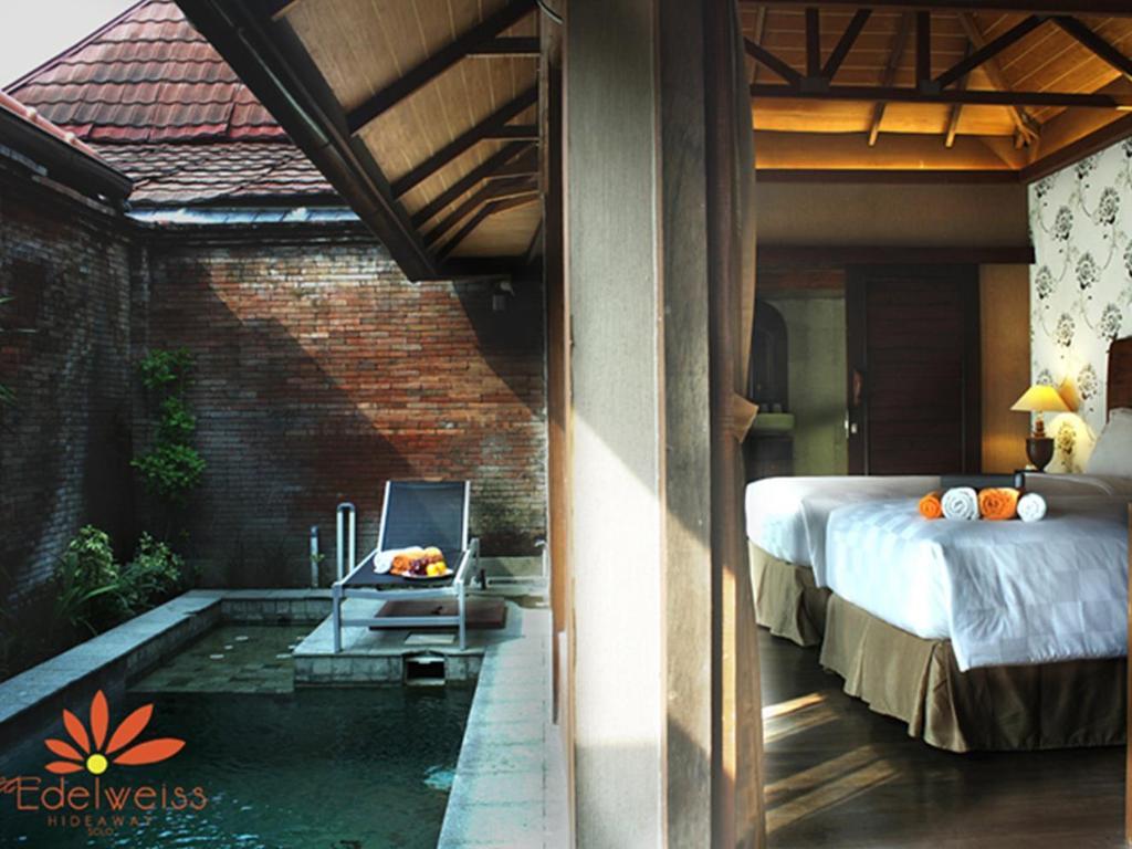 The Edelweiss Hideaway Villa Solo Hotel Solo Surakarta Deals Photos Reviews
