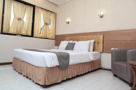 Suite Rooms - Bedroom Hotel Sukamulya
