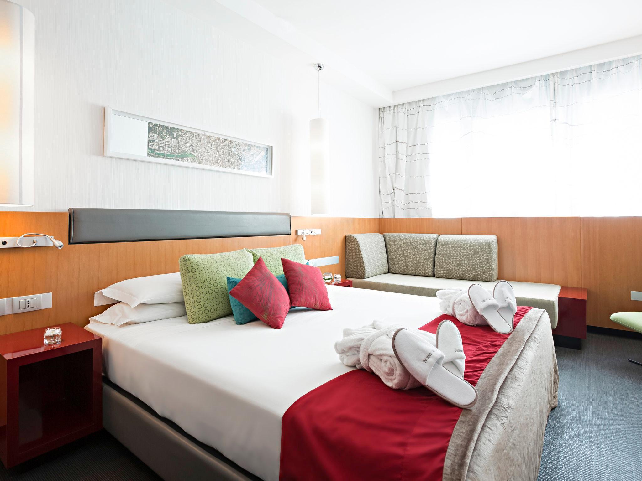 Arredo Bagno Roma Eur.Novotel Roma Eur Hotel In Rome Room Deals Photos Reviews