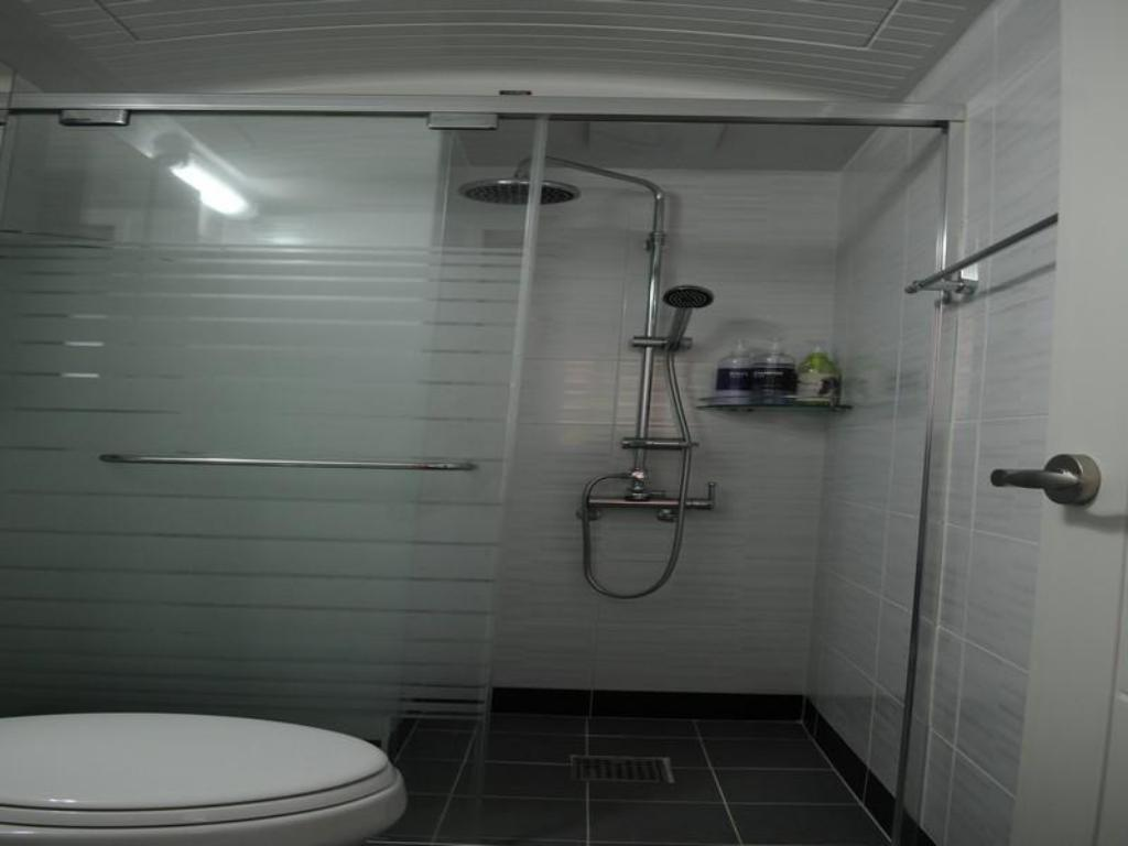 Baño Sinyoung Well City Hotel