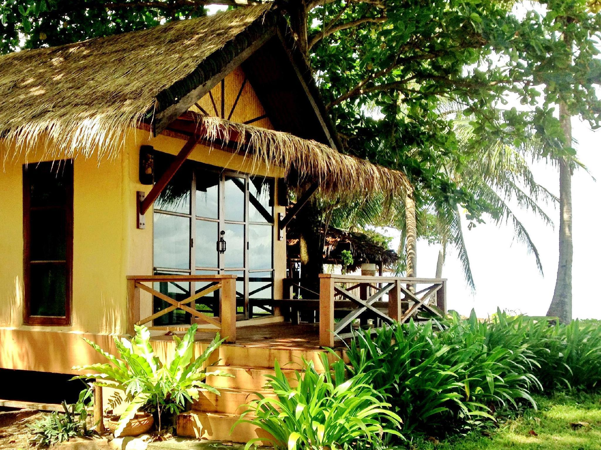 Beach Front Bungalow with Air Conditioning