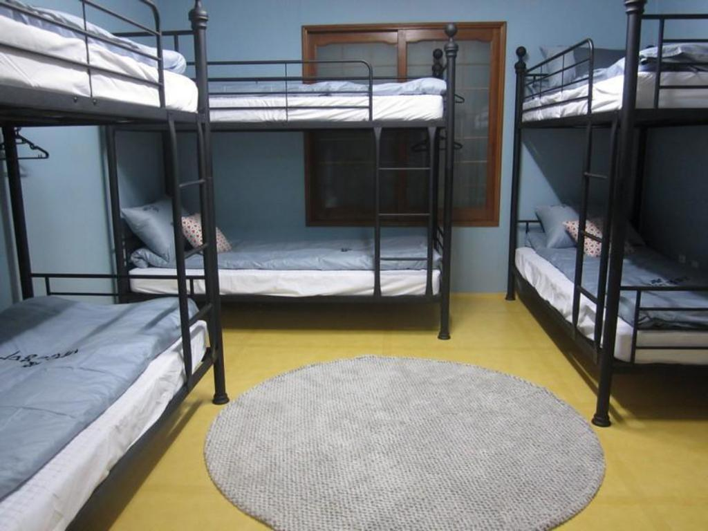 6-Bed Dormitory - Male Only - Bed Baram Guesthouse