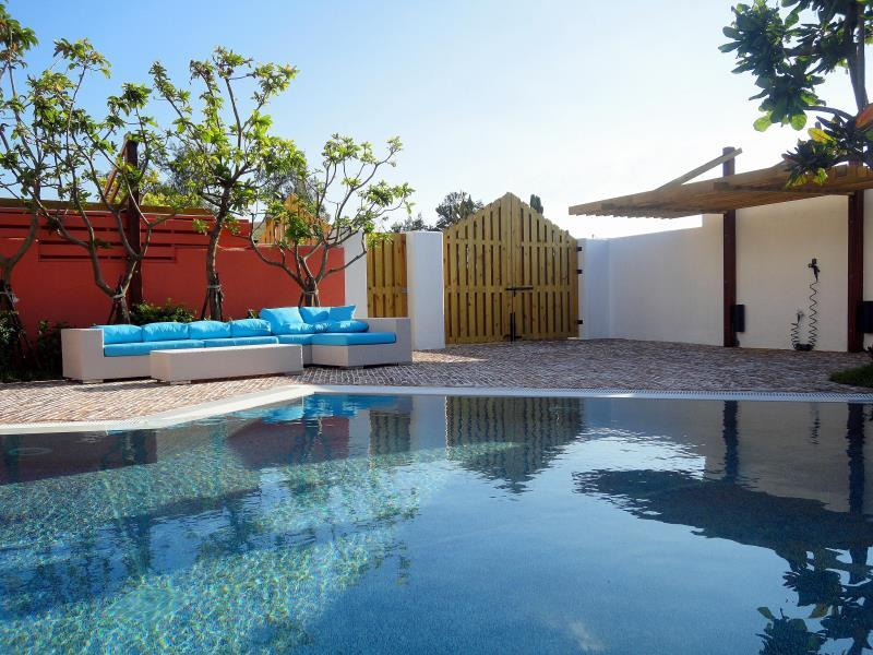 Vila sa privatnim bazenom (Villa With Private Pool)
