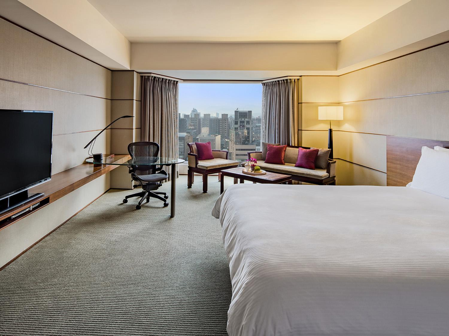 Tai Pan City View King Room