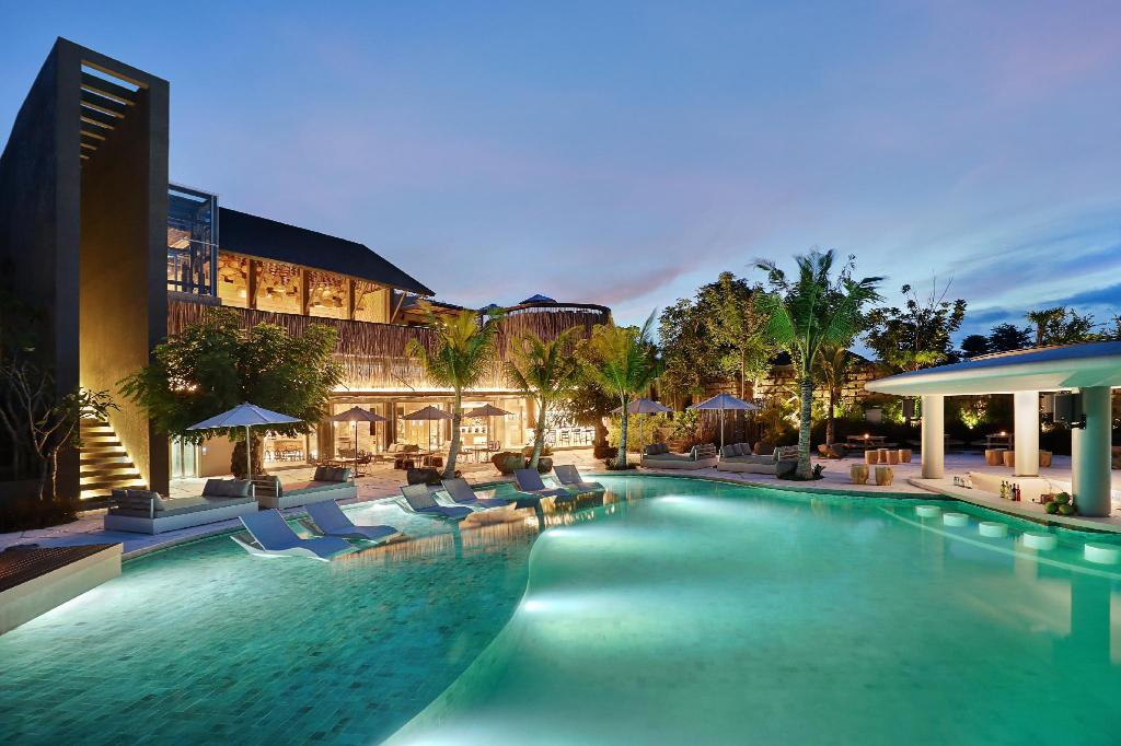 X2 Bali Breakers In Indonesia Room Deals Photos Reviews