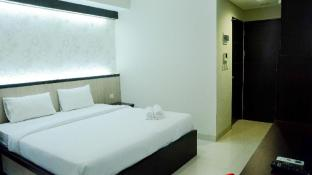 Brand New Studio Atria Residence Apt By Travelio
