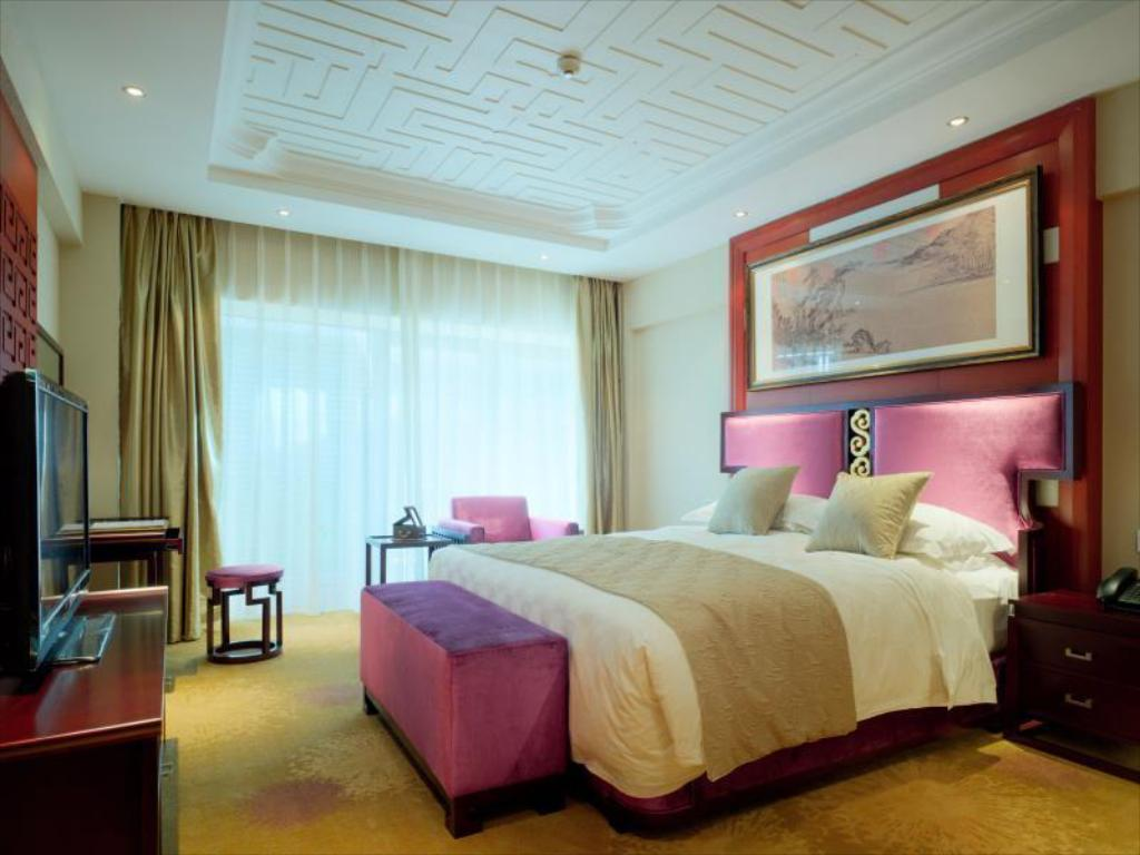Superior Suite with King Bed Zpark Plaza Beijing Hotel