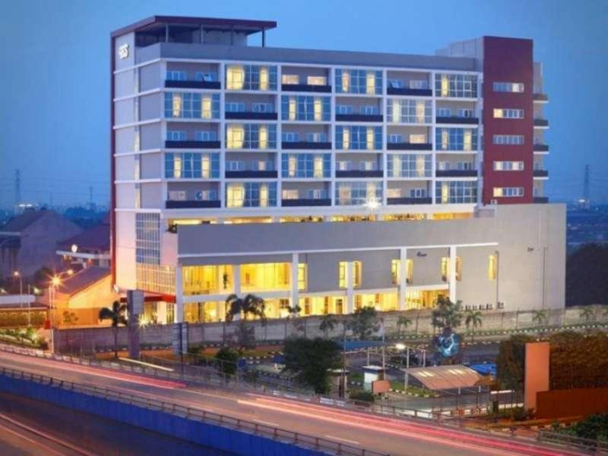 hotel santika cikarang room deals reviews photos indonesia rh agoda com