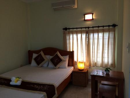 Standard Double Bed An Thi Homestay Hoi An