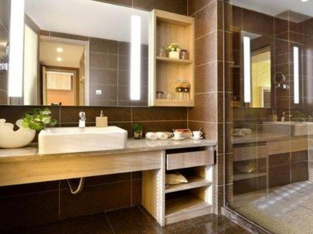 Superior King Room - Bathroom Atour Hotel Chengdu Gaoxin Branch