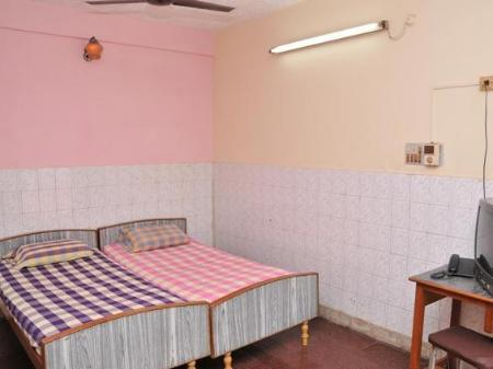 Double Room Sri Saibaba Guest House