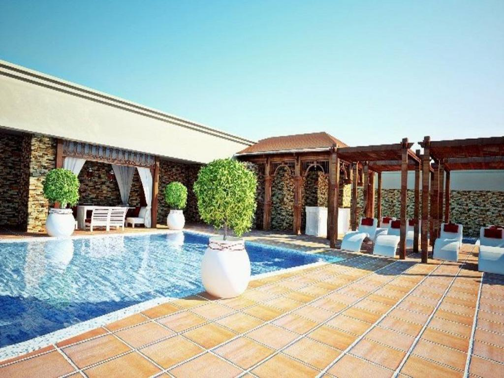 Best price on royal rose hotel in abu dhabi reviews - Hotels in abu dhabi with swimming pool ...