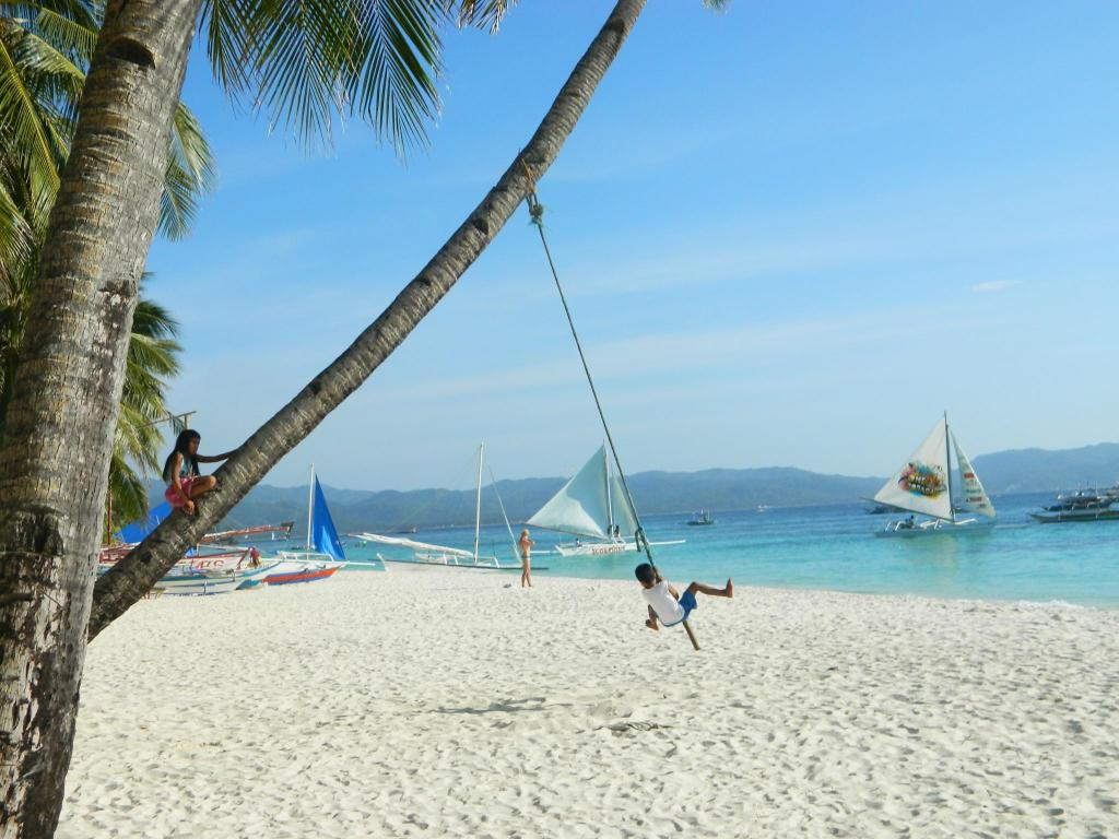 Beach Kaiyana Boracay Beach Resort